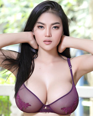 pitta busty asian